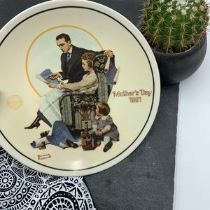 Mother's Day 1991 Norman Rockwell collector's plat